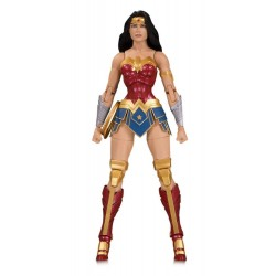 DC Essentials figurine Wonder Woman 17 cm