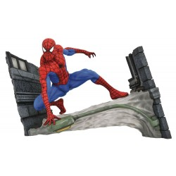 Marvel Comic Gallery statuette Spider-Man Webbing 18 cm