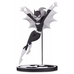 Batman Black & White statuette Batgirl by Bruce Timm 18 cm